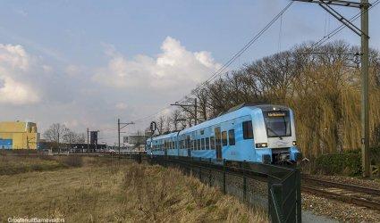 Heden, 2016 - Valleilijn van Amersfoort naar Ede-Wageningen, treinstel 5034 van het type Protos. - Barneveld